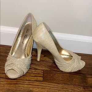 Lulu Townsend Gold Sparkle 4 Inch High Heel